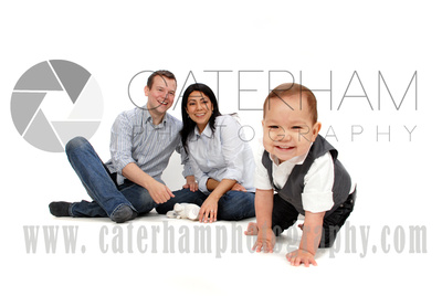 Surrey Portrait Photographer-  Surrey photographer - Great family portrait and cheeky two year old