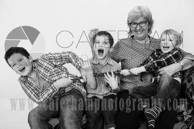 Surrey Portrait Photographer-  Surrey photographer - Great family portrait and Happy family