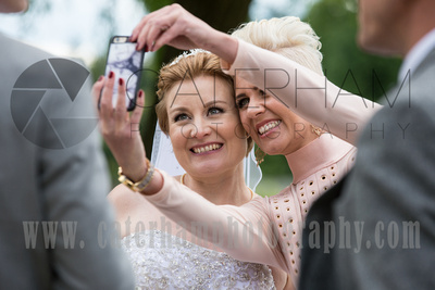 Cain Manor Weddings, Surrey Wedding Photography, Wedding at Cain Manor, Wedding Selfie