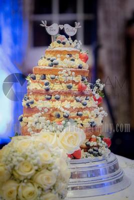 Surrey Wedding photographer- Wedding Venue Mulberry House- Outstanding Wedding Cake