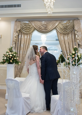 Surrey Wedding Photographer- Wedding venue Kingswood Golf Club