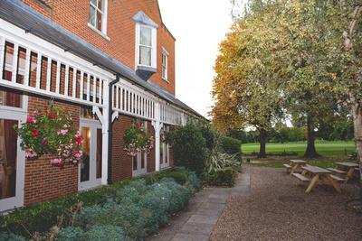 Surrey Wedding Photographer, Surrey Wedding Venue, Coulsdon Manor, Wedding Reception