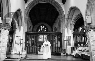Surrey wedding photographer, St Mary Church Reigate Weddings, Surrey Wedding, Surrey Wedding Photography, Church Wedding, Reigate Surrey,