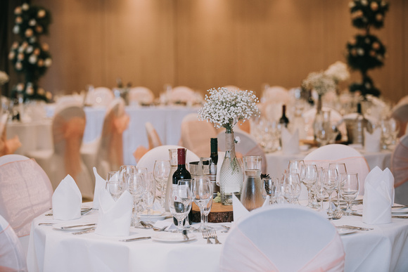 Surrey wedding photographer The Runnymede on Thames Hotel weddings 1Y6A0487