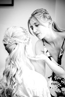 surrey wedding photographer- finishing the brides makeup- Bridal Preparation