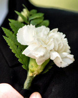 surrey wedding photographer- kingston county hall- flower