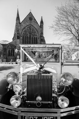 Horsham wedding photography wedding in Horsham St Mary Church wedding car