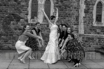 Surrey Wedding Photographer / Wedding in Caterham /  Bride with her friends / Wedding fun photos/ Friends at weddings