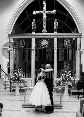 St Paul's Church, Addlestone wedding photographer