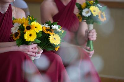 Surrey Wedding Photographer, Hilton Cobham Weddings, Sunflower Bouquet, lighting