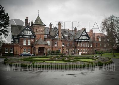 Surrey wedding photographers- Woodland Park Holet surrey- Breath-taking wedding Venue