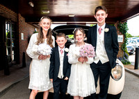 surrey wedding photographer - reigate hill golf club- kids by car