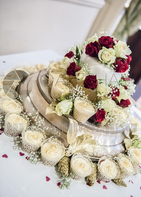 Surrey Wedding Photographer-  Reigate manor hotel- Delicious wedding cake